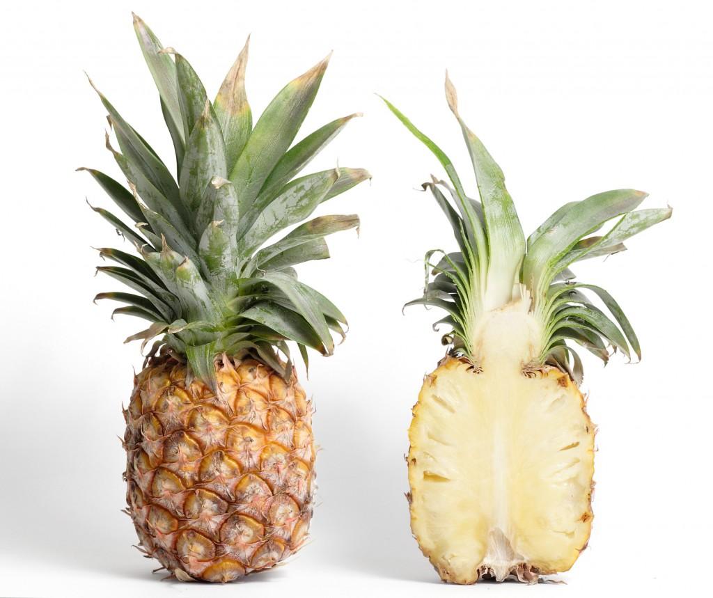 Как разрезать ананас?