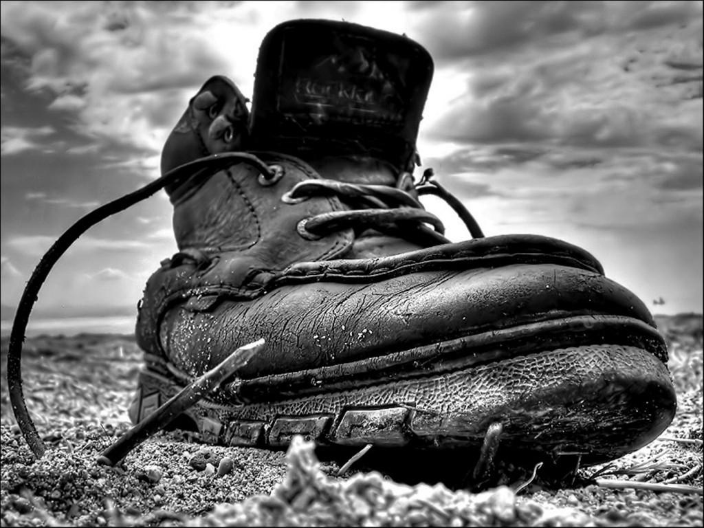 Как правильно чистить обувь?