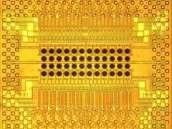 IBM продемонстрировал прототип оптического чипа