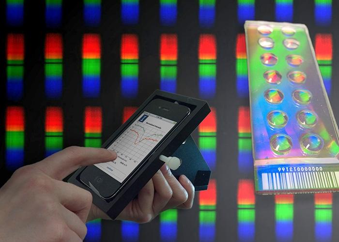 ГАДЖЕТЫ: Спектрофотометр из смартфона